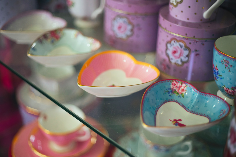 beautiful crockery heart shaped